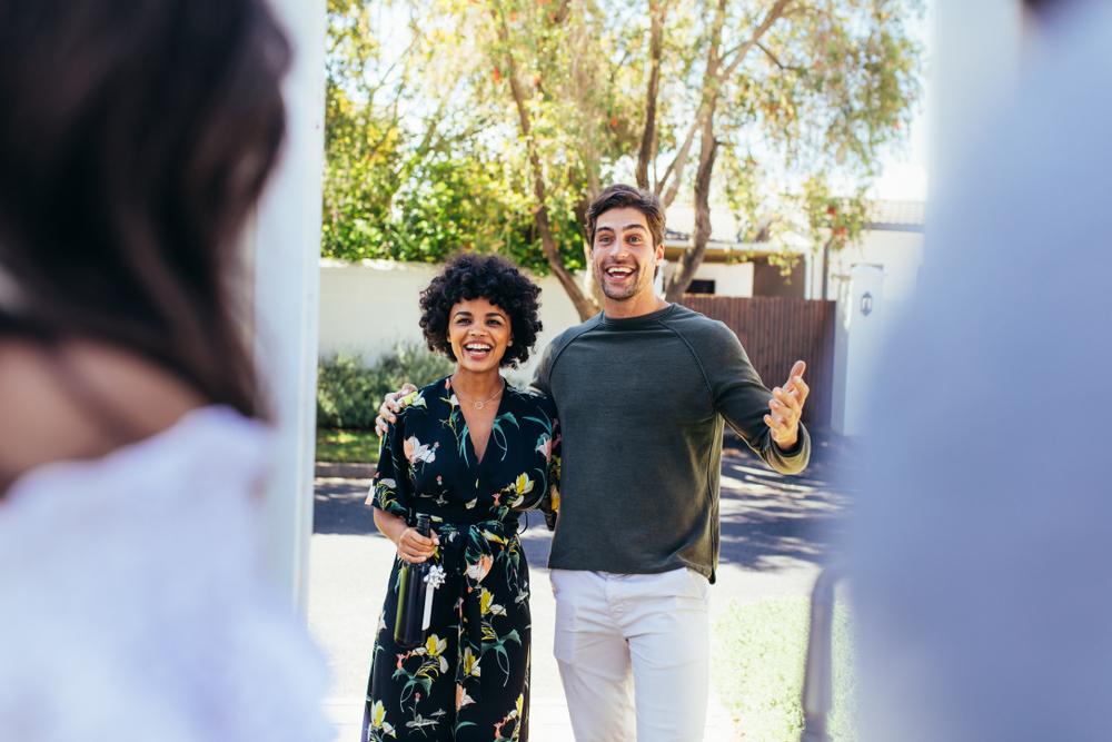 Integração de condôminos: como fazer o novo morador ser bem-vindo
