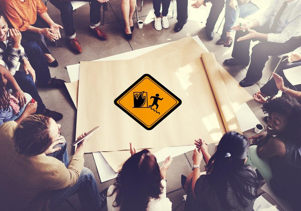 Plano de emergência para condomínios: o que o síndico precisa saber