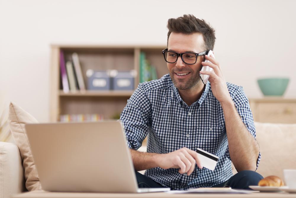 5 motivos para administradoras usarem cartão de crédito como meio de pagamento