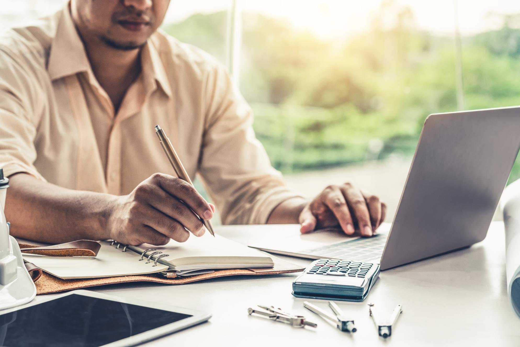 Como reduzir custos na administradora de condomínios