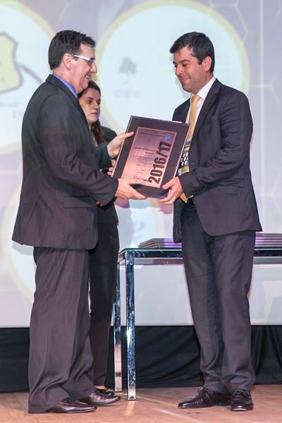 Kiper recebe prêmio Top Condomínios 2016
